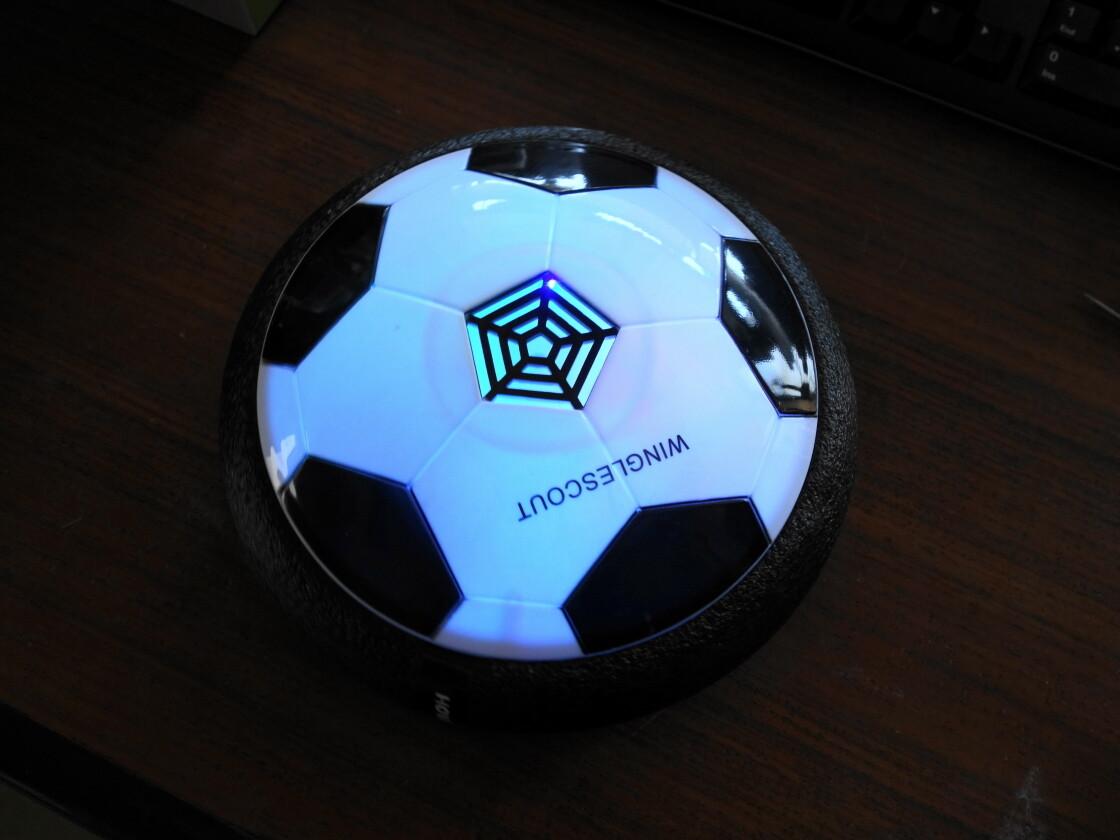 エアーサッカーは光ります