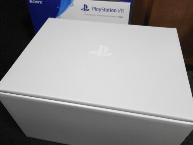 PlayStation VRのパッケージ
