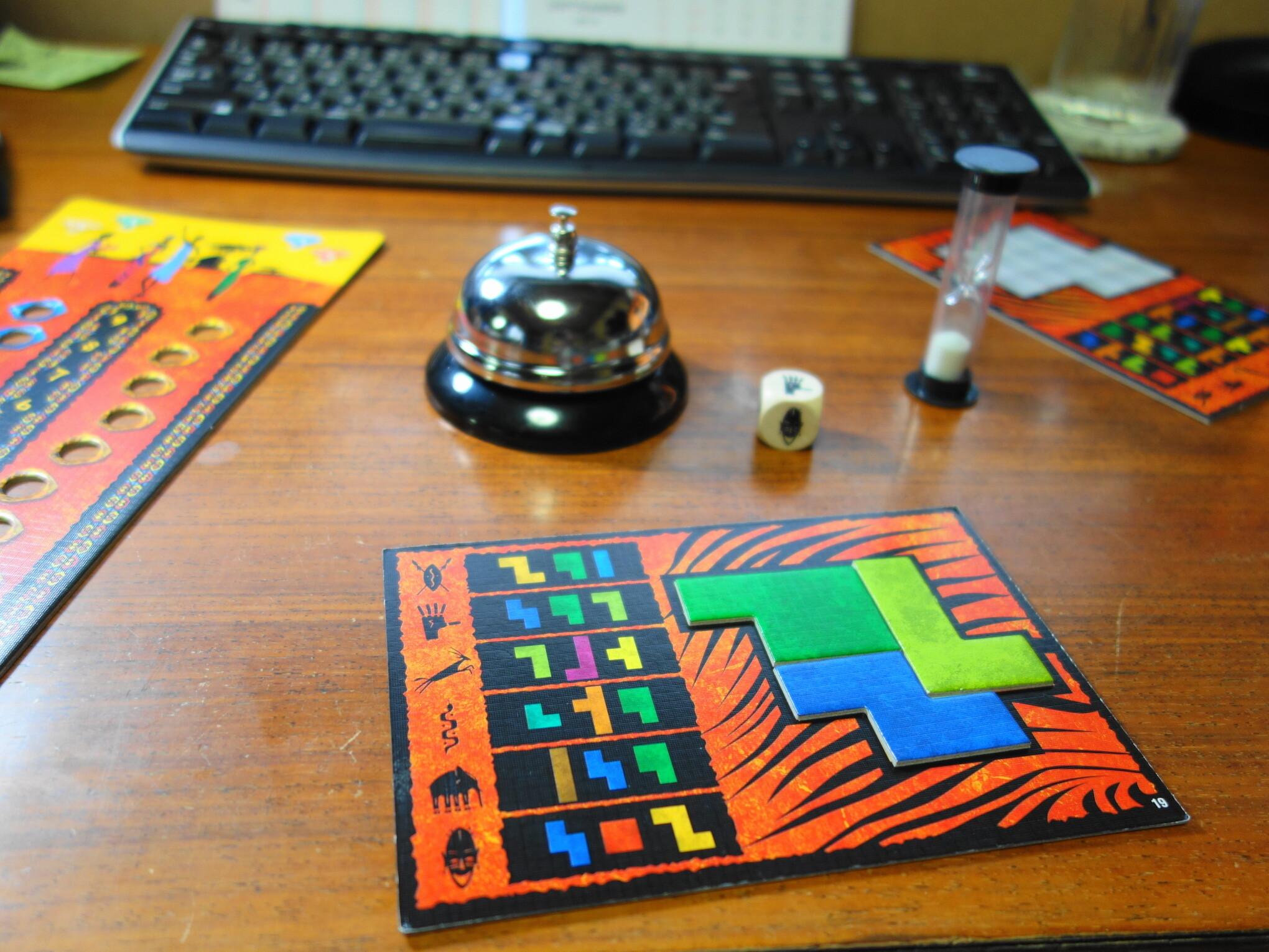 卓上ベルのテーブルゲームでの使い方