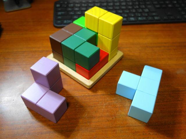 賢人パズルの9問目を実際に考えているときの様子